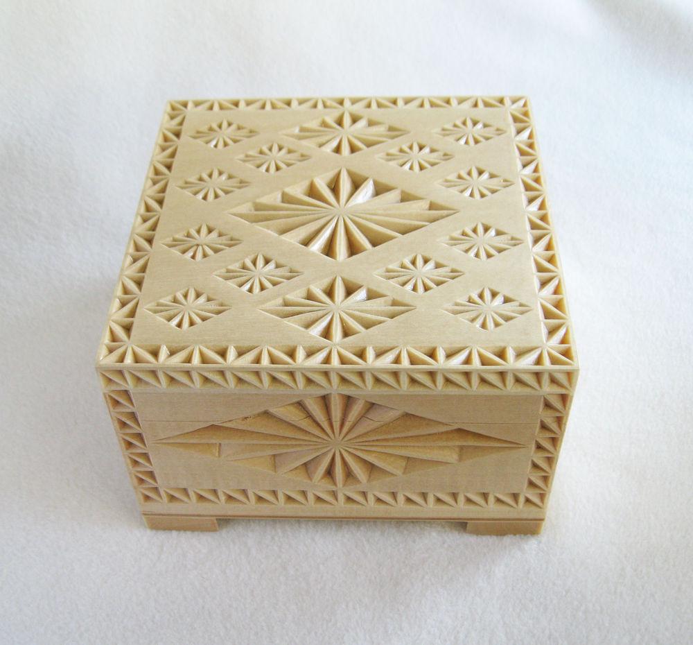 шкатулка для украшений, геометрический узор, подарок на любой случай