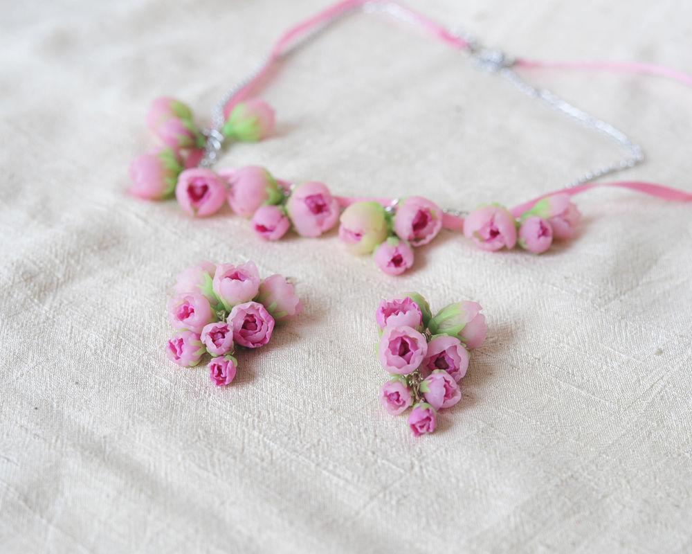 полупрозрачные цветы
