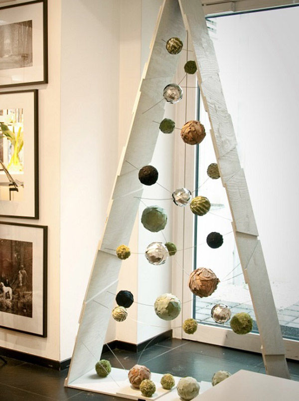 Идеи необычных елочек для украшения дома