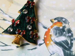 """Новогодняя брошь """"Рождественская ель"""" от Eisenberg Ice. Ярмарка Мастеров - ручная работа, handmade."""