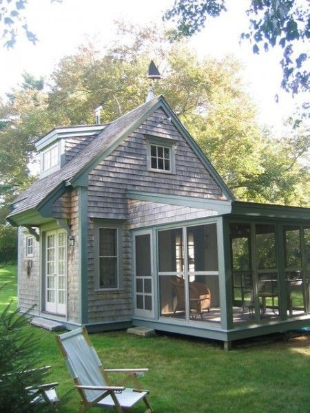 Traditional Small Cottage LOVE