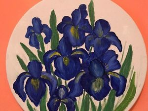 Learning to Paint Irises with Oil on Round Canvas. Livemaster - handmade