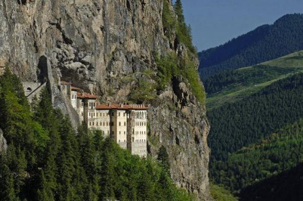 Монастырь Smela (Турция)