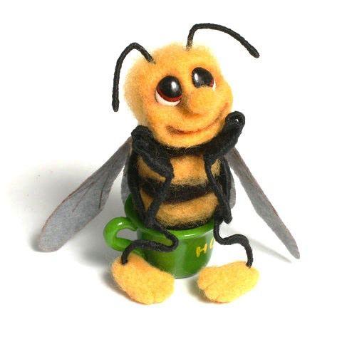 валяние, насекомые из шерсти