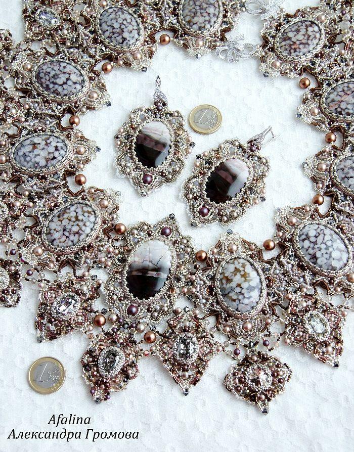 серьги с камнями