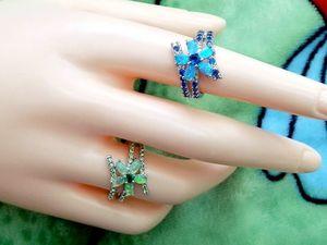 Два серебряных кольца. Кольцо с голубым опалом и сапфирами и кольцо с зеленым опалом и изумрудами. Заказ выполнен!. Ярмарка Мастеров - ручная работа, handmade.
