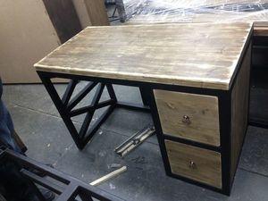 Обычный письменный стол. Ярмарка Мастеров - ручная работа, handmade.