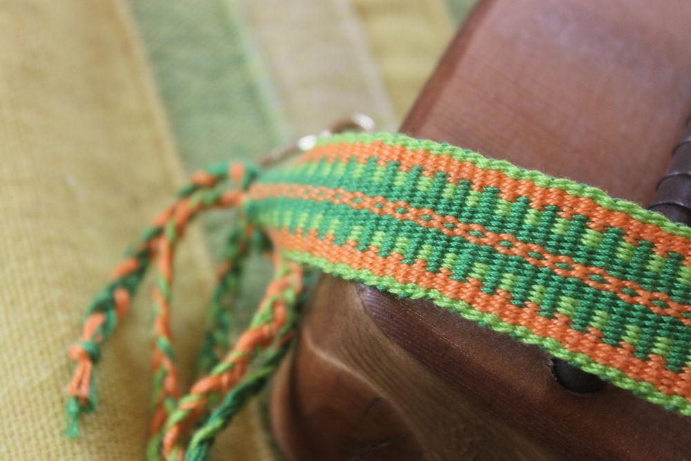 тканый пояс, пояс для гуслей, ремень для гуслей, ткачество, ткачество на сволочке, ткачество на ниту