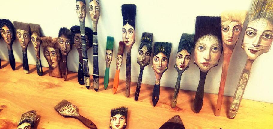 Удивительные портреты на неожиданных предметах художницы Alexandra Dillon