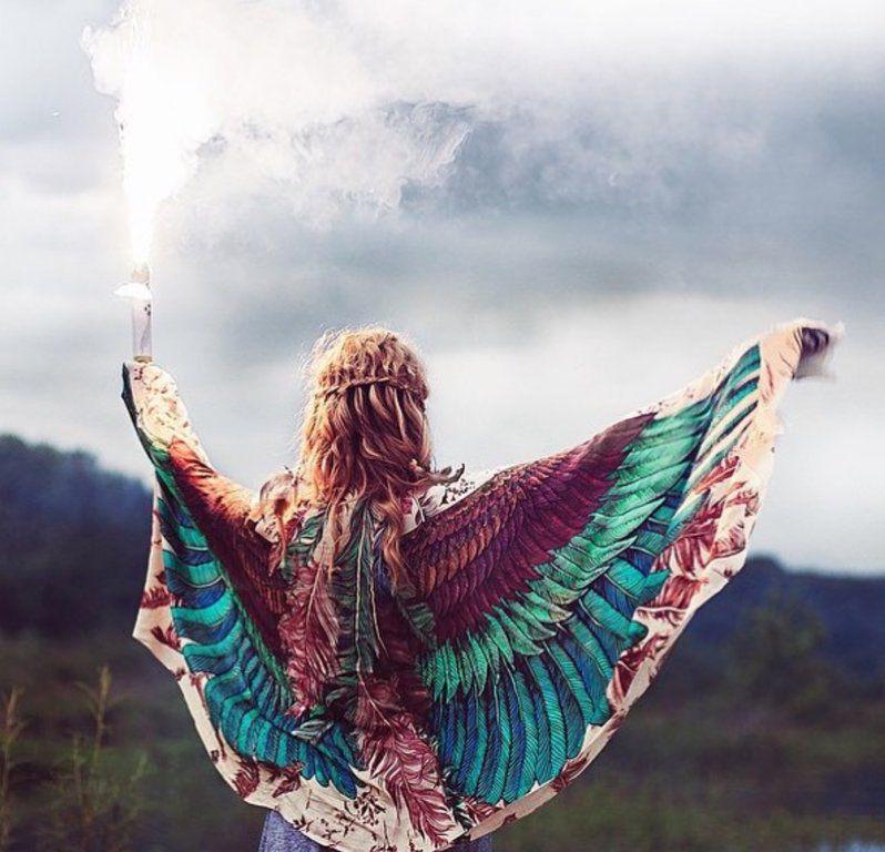 Когда вырастают крылья: завораживающие палантины Розы Хамитовой, фото № 1