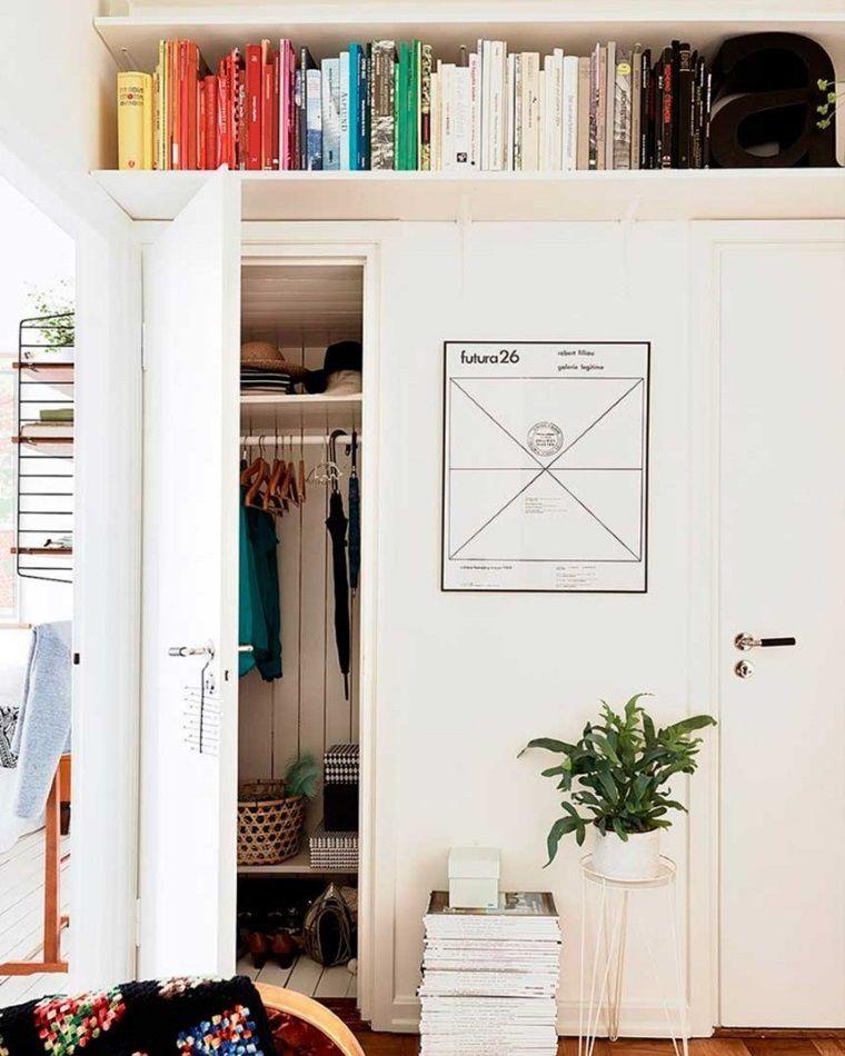 Поиграем в прятки: 45+ идей полок для маленькой квартиры, фото № 5