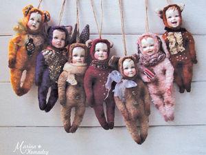 Шьем елочную игрушку «Пупс в костюмчике». Ярмарка Мастеров - ручная работа, handmade.