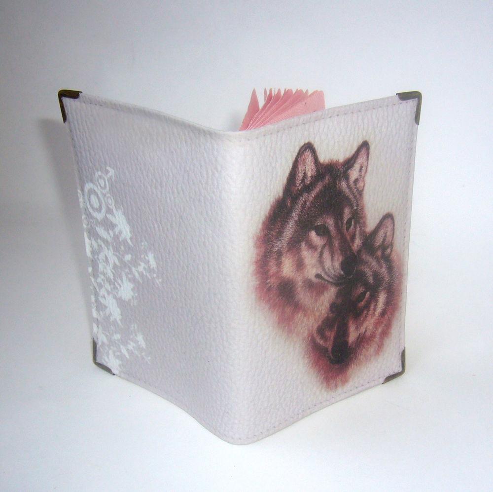 обложка для паспорта, волки