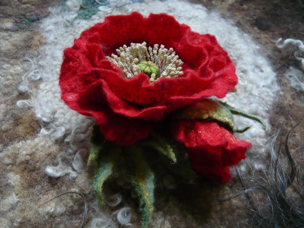 цветок из шерсти