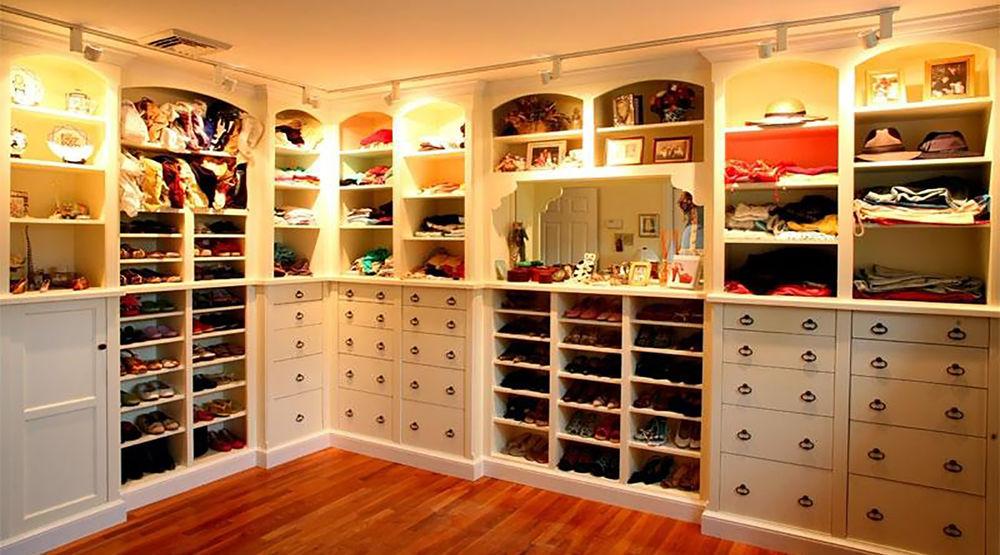 5bbcb45ae439a3dc578b8a9e0dvd Современные домашние гардеробные | Роскошь и уют Фото
