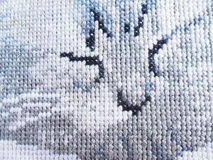 Щедрый аукцион. Вышитая картина с серым котенком.. Ярмарка Мастеров - ручная работа, handmade.