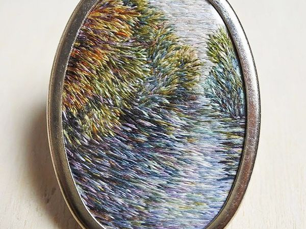 Brooches Embroidered with Irish Landscapes by Eveline de Lange. Livemaster - handmade