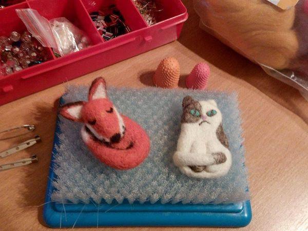 Брошки-игрушки. Сухое валяние. | Ярмарка Мастеров - ручная работа, handmade