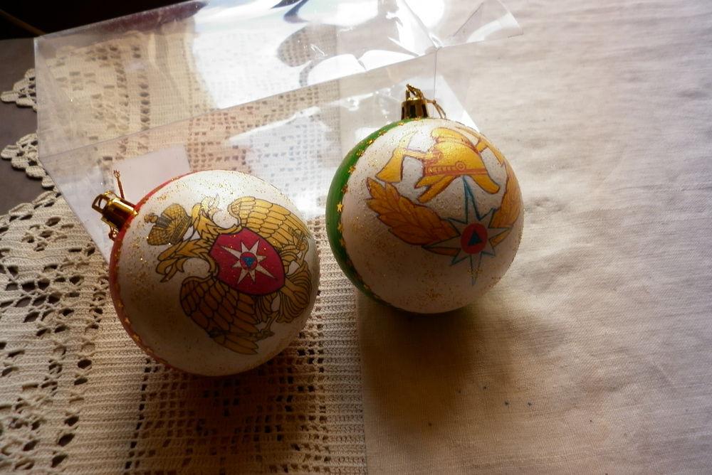 шарики с символикой, ёлочные игрушки