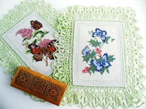 Щедрый аукцион. Салфетки с бабочками. Ручная вышивка крестом.. Ярмарка Мастеров - ручная работа, handmade.
