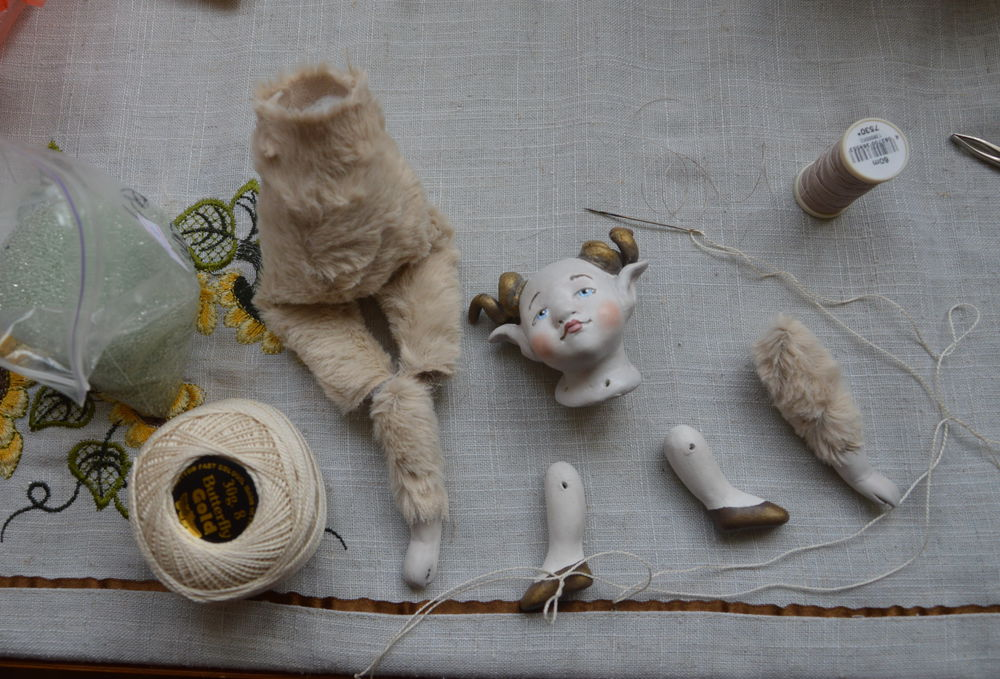 авторская кукла, винтажная кукла, козерог, кукла-болтушка, сувенирная кукла, коллекционная кукла