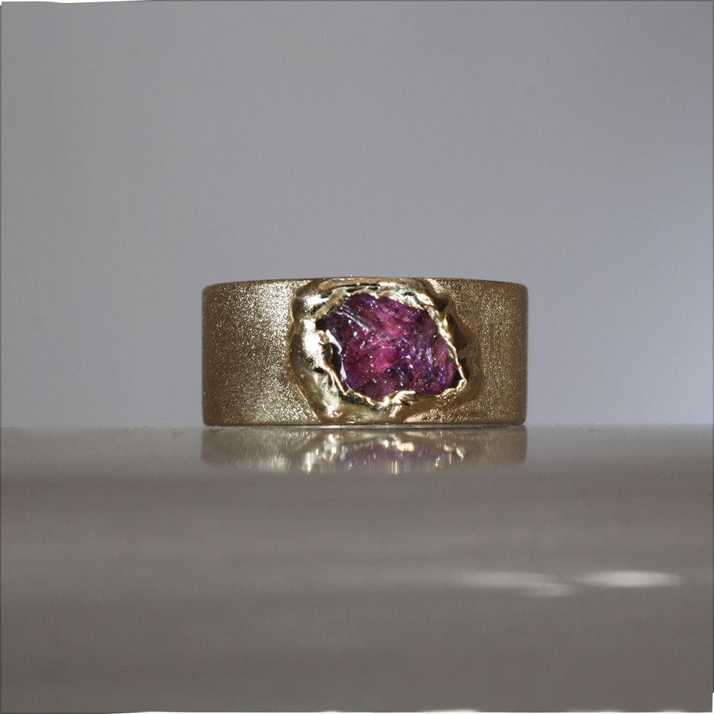 натуральные камни, кольцо с камнем, обручальные кольца, кольца золотые, кольца серебряные, кольца на обручение
