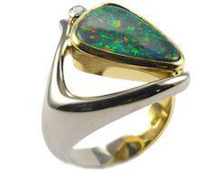 черный австралийский опал - кольцо