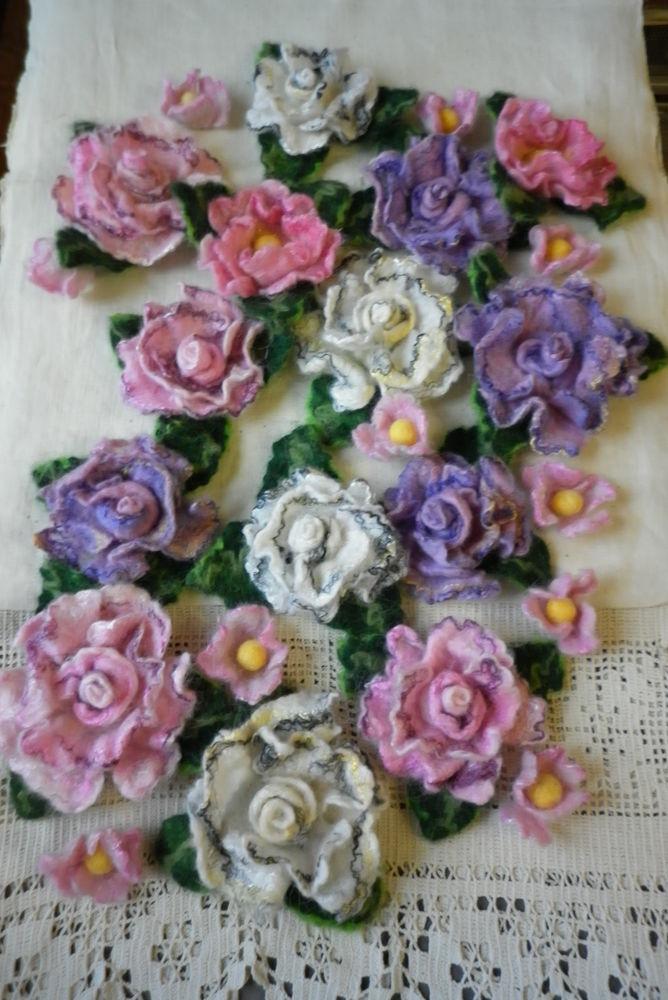 валяные розы, брошь-цветок, цветы сакуры