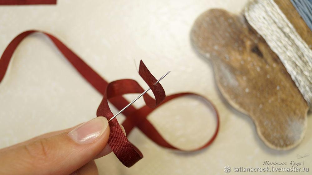 brooch of velvet