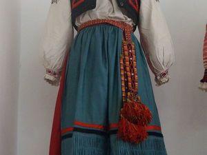 Русский традиционный костюм против моды а-ля рюс. Ярмарка Мастеров - ручная работа, handmade.