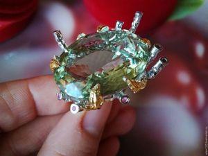 """Скидка 20% Кольцо """"Мохито"""" с зеленым аметистом и рубинами. Ярмарка Мастеров - ручная работа, handmade."""