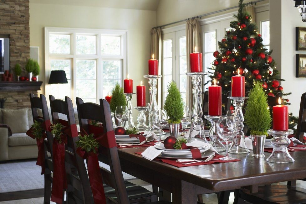 Amazing Christmas Dining Room Table Decorations Posaohr Info Beutiful Home Inspiration Papxelindsey Bellcom