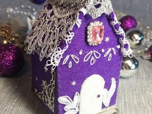 «Строим» из фетра новогоднюю игрушку-домик | Ярмарка Мастеров - ручная работа, handmade