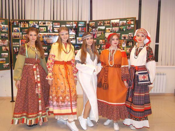 Первый показ коллекции Русская традиция