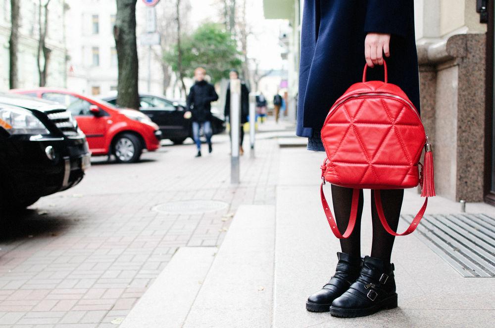 кожаный рюкзак, геометрический узор, скоро в продаже