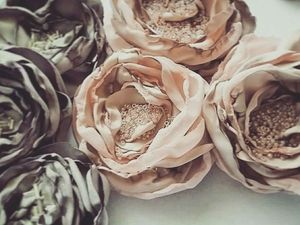 Sewing Beautiful Fabric Flowers for Any Decoration. Livemaster - handmade