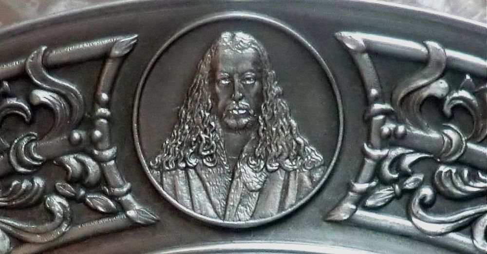 тарелка фарфоровая, подарок коллекционеру