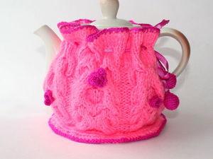 """Аукцион с нуля на грелочку для заварочного чайника """"Малиновые цветы"""". Ярмарка Мастеров - ручная работа, handmade."""
