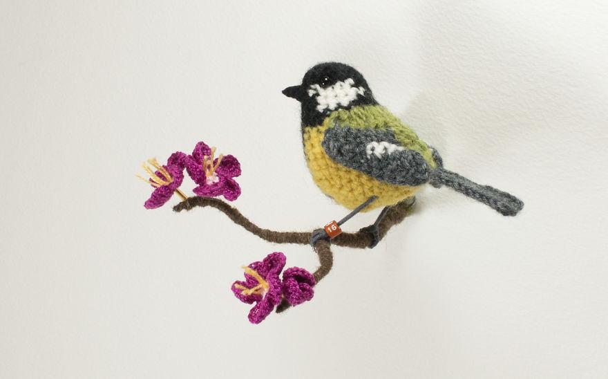 Вот-вот взлетят: реалистичные вязаные птицы Jose Heroys, фото № 13