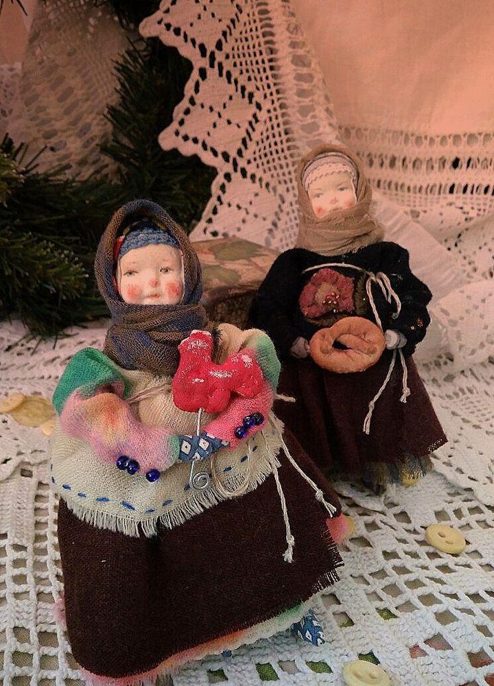 кукла под елку