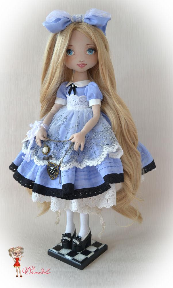 алиса кукла