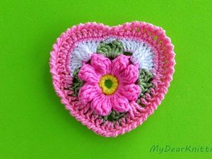 Видео мастер-класс: вяжем крючком сердечко на основе бабушкиного квадрата. Ярмарка Мастеров - ручная работа, handmade.