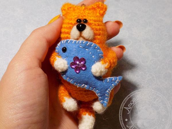 Вяжем крючком кота-брелок   Ярмарка Мастеров - ручная работа, handmade