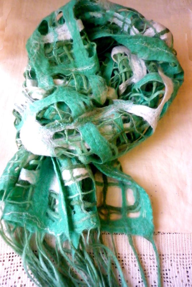 валяный шарф -палантин, валяная шаль