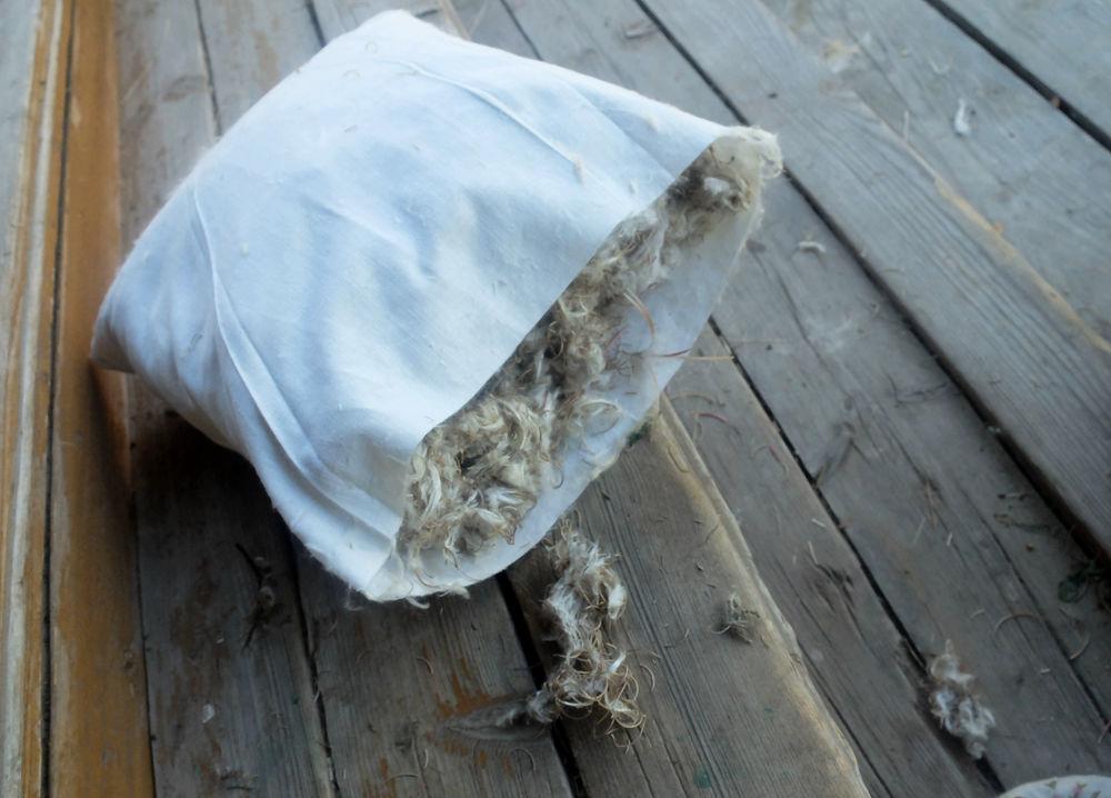 подушка из пуха растения
