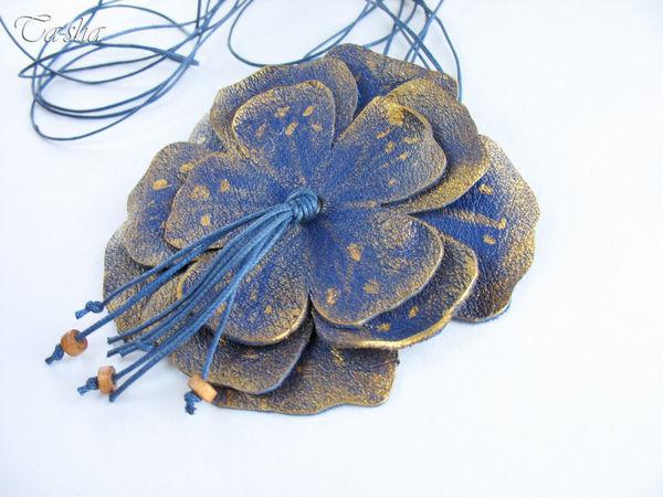 Об изменах, цветах и кулонах из кожи | Ярмарка Мастеров - ручная работа, handmade