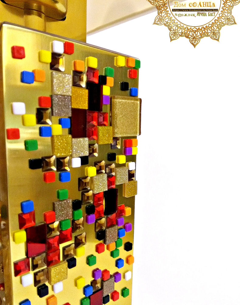 декоративная золотая лампа