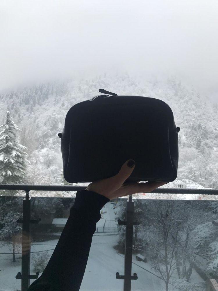 черная косметичка, черный несессер, черная сумка