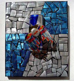 Выставка работ из жестяных банок RedBull