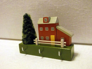 Как сделать уютную настенную ключницу в виде домика   Ярмарка Мастеров - ручная работа, handmade